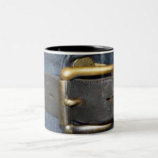 Usadas correa de cuero y hebilla taza de café