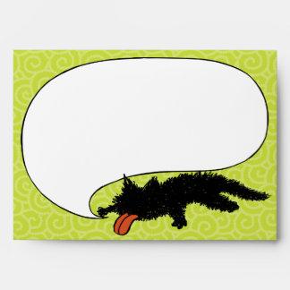 Usado verde amarillento del gatito negro sobres