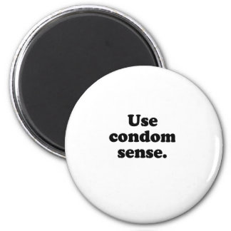 USE CONDOM SENSE 2 INCH ROUND MAGNET