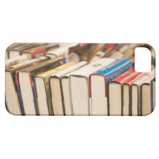 Used books at a rummage sale iPhone SE/5/5s case