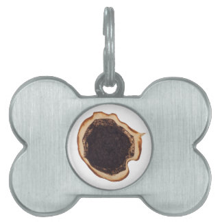 Used coffee grounds pet name tag