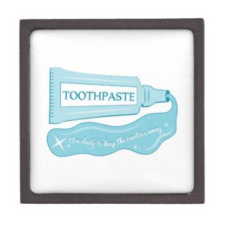 Uso de la crema dental diario mantener las cajas de regalo de calidad