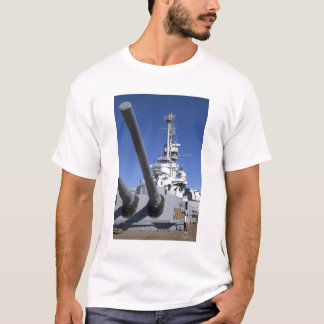 USS Alabama Battleship at Battleship Memorial T-Shirt