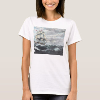 USS Constitution heads for HM Frigate Guerriere T-Shirt
