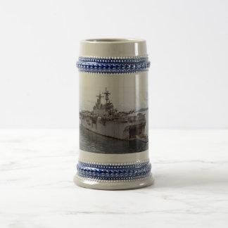 USS ESSEX (LHD-2) MUG
