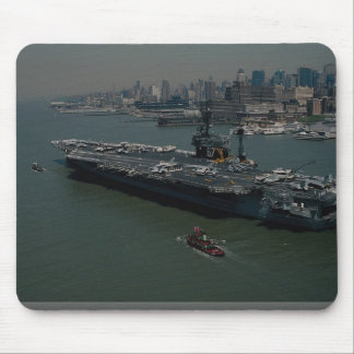"USS John F. Kennedy"", entering New York's Hudson R Mouse Pad"
