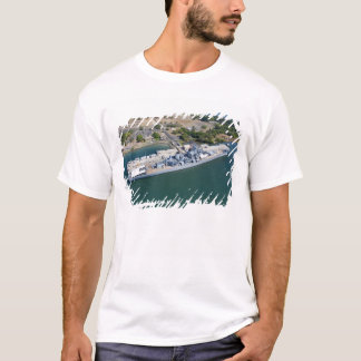 USS Missouri, Peral Harbor, Honolulu, Hawaii T-Shirt