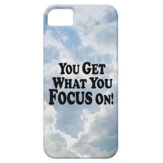 ¡Usted consigue lo que usted se enfoca encendido!  iPhone 5 Protectores