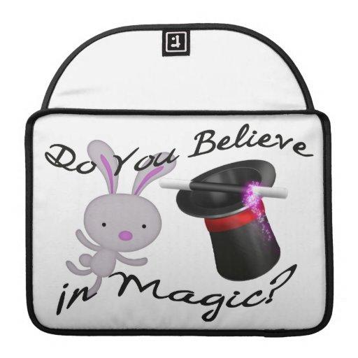 Usted cree en sombrero de copa y conejo mágicos fundas para macbooks