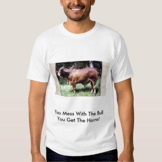 ¡Usted ensucia con la Bull que usted consigue los Polera