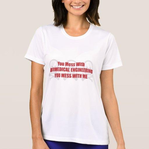 Usted ensucia con la ingeniería biomédica que camisetas