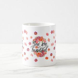 Usted es acuarela hermosa floral taza básica blanca
