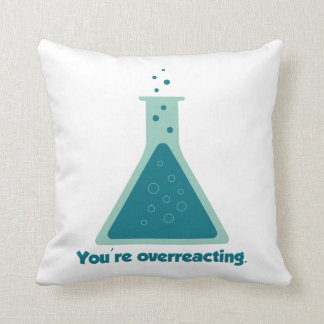 Usted es cubilete Overreacting de la ciencia de la Almohadas
