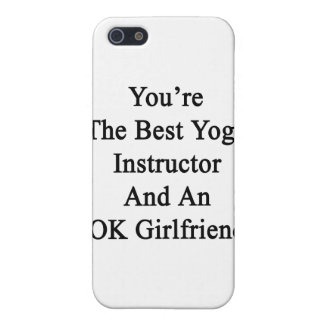 Usted es el mejor instructor de la yoga y un iPhone 5 funda