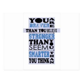 Usted es más valiente que usted cree el regalo tarjeta postal