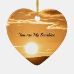Usted es mi sol - ajardine con el sol naciente adorno navideño de cerámica en forma de corazón