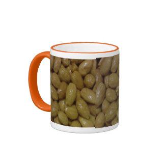 Usted es nuts para su café taza a dos colores