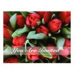 Usted es tulipanes rojos invitados que el boda del invitación