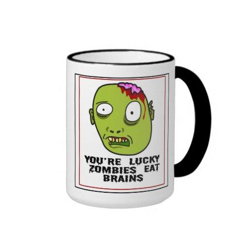 Usted es zombis afortunados come la taza de café d