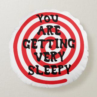 Usted está consiguiendo la almohada muy soñolienta cojín redondo