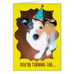 Usted está dando vuelta a la 100a tarjeta de cumpl