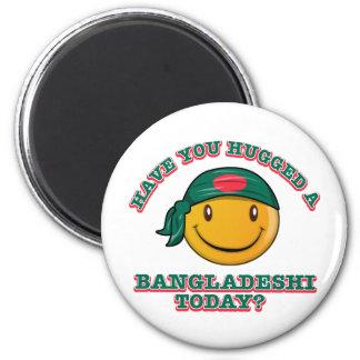¿Usted ha abrazado a un bangladeshí hoy? Imán Redondo 5 Cm