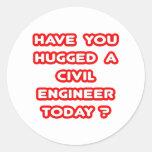 ¿Usted ha abrazado a un ingeniero civil hoy? Etiqueta Redonda