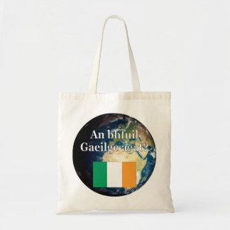 ¿Usted habla irlandés? en irlandés. Bandera y Bolsa Tela Barata