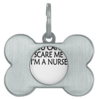 usted linado me asusta im un nurse.png placa de nombre de mascota