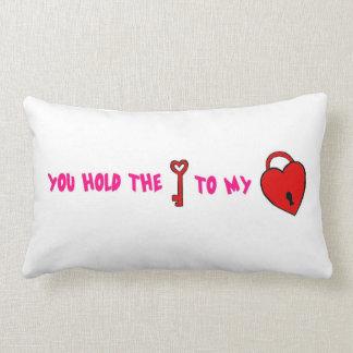 Usted lleva a cabo la llave a mi corazón almohadas