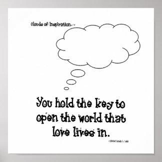 Usted lleva a cabo la llave para amar póster