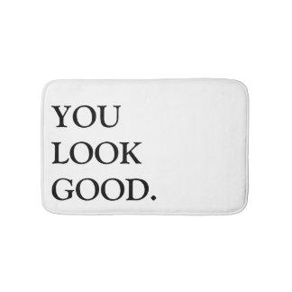 usted mira la buena alfombra de baño