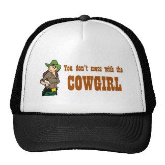 Usted no ensucia con el gorra de la vaquera