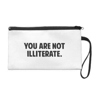 Usted no es analfabeto