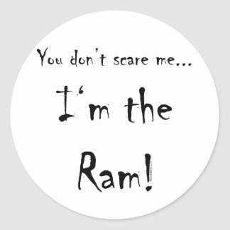 Usted no me asusta… espolón pegatina redonda