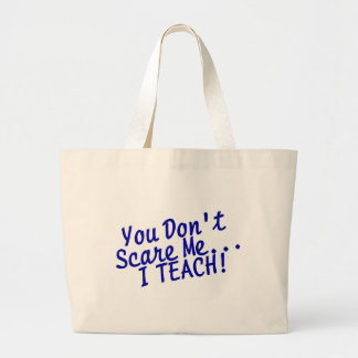 Usted no me asusta que enseño bolsas