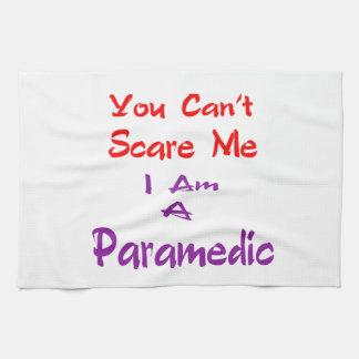 Usted no puede asustarme que soy Paramedic. Toallas De Mano