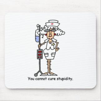 ¡Usted no puede curar estupidez! Tapete De Ratones