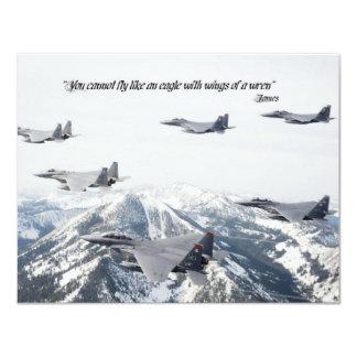 """Usted no puede volar como un águila con las alas invitación 4.25"""" x 5.5"""""""