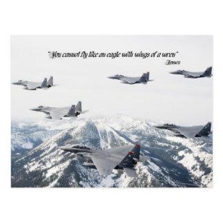 Usted no puede volar como un águila con las alas tarjetas postales