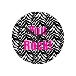¡Usted oscila! Estampado de zebra Reloj De Pared