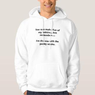 Usted puede reírse de mi hacer punto, pero jersey encapuchado
