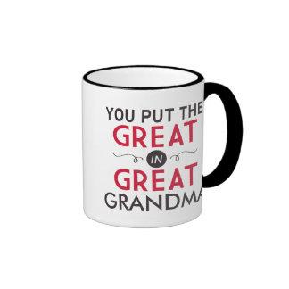 Usted puso el grande en gran abuela taza de dos colores