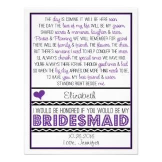 ¿Usted será mi dama de honor? Tarjeta púrpura/negr Invitacion Personalizada