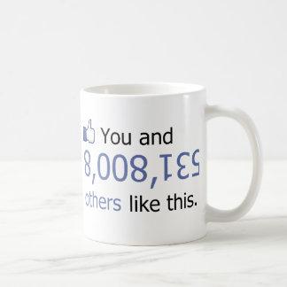 Usted tiene gusto de 8008135 pulgares para arriba taza clásica