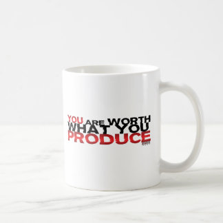 Usted vale lo que usted produce tazas