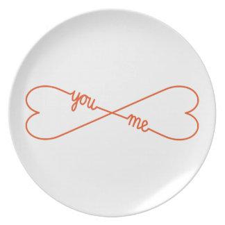 usted y yo, muestra en forma de corazón del plato