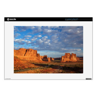 """Utah, Arches National Park, rock formations 2 15"""" Laptop Skin"""