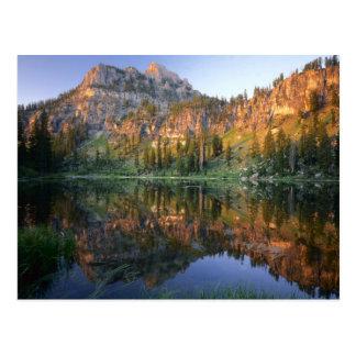 UTAH. LOS E.E.U.U. Mt. Magog reflejado en White Postales