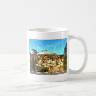 Utah meridional Vista con el suelo rojo Taza De Café